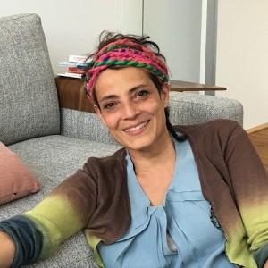19.04.25 Monica Giovinazzi, Rotehaare - Copia