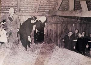 19.05.06 Delegazione sovietica, fienile famiglia Langthaler