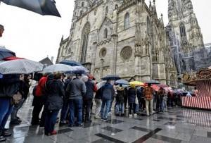 19.05.30 Vienna, duomo S. Stefano, funerale Niki Lauda - Copia