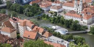 19.06.20 Graz, fiume Mur dallo Schlossberg (Foto Wolfgang Weinhaeupl) - Copia