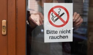 19.10.21 Divieto fumo sigarette in bar e ristoranti