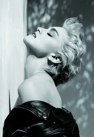 Herb Ritts, Profilo di Madonna in True Blue, Hollywood, 1986, © Herb Ritts Foundation, g.c.