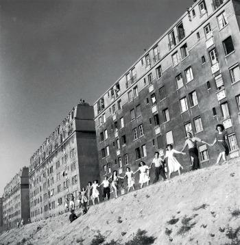 Robert DOISNEAU Josette ha venti anni, sobborgo di Parigi, 1947 Stampa ai sali d'argento © 2011 Gamma-Rapho / Getty Images