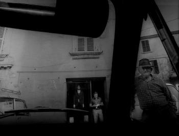 """Roberto Salbitani, dalla sequenza """"Viaggio in terre sospese"""" (1975), Robereto Salbitani, g.c. Postcart"""