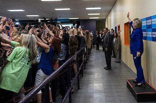 Il selfie, ovvero la fotografia che tergiversa