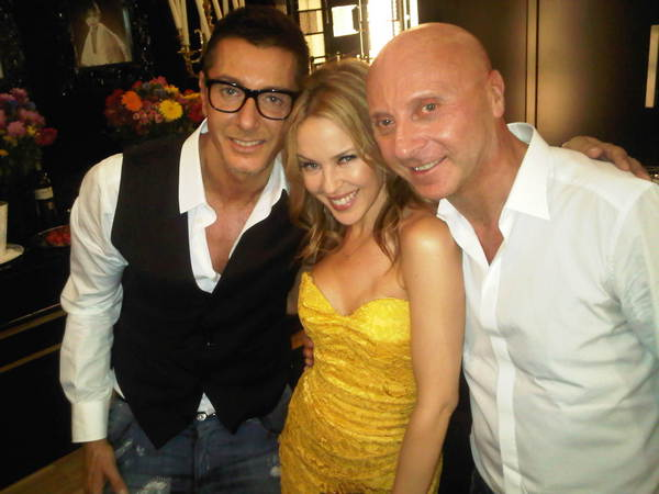 Bello spettacolo da Stefano Gabbana e Domenico Dolce!!!!! Fresco, bianco, pizzo e leopardo... e gioielli.... mmmMMMM!!!