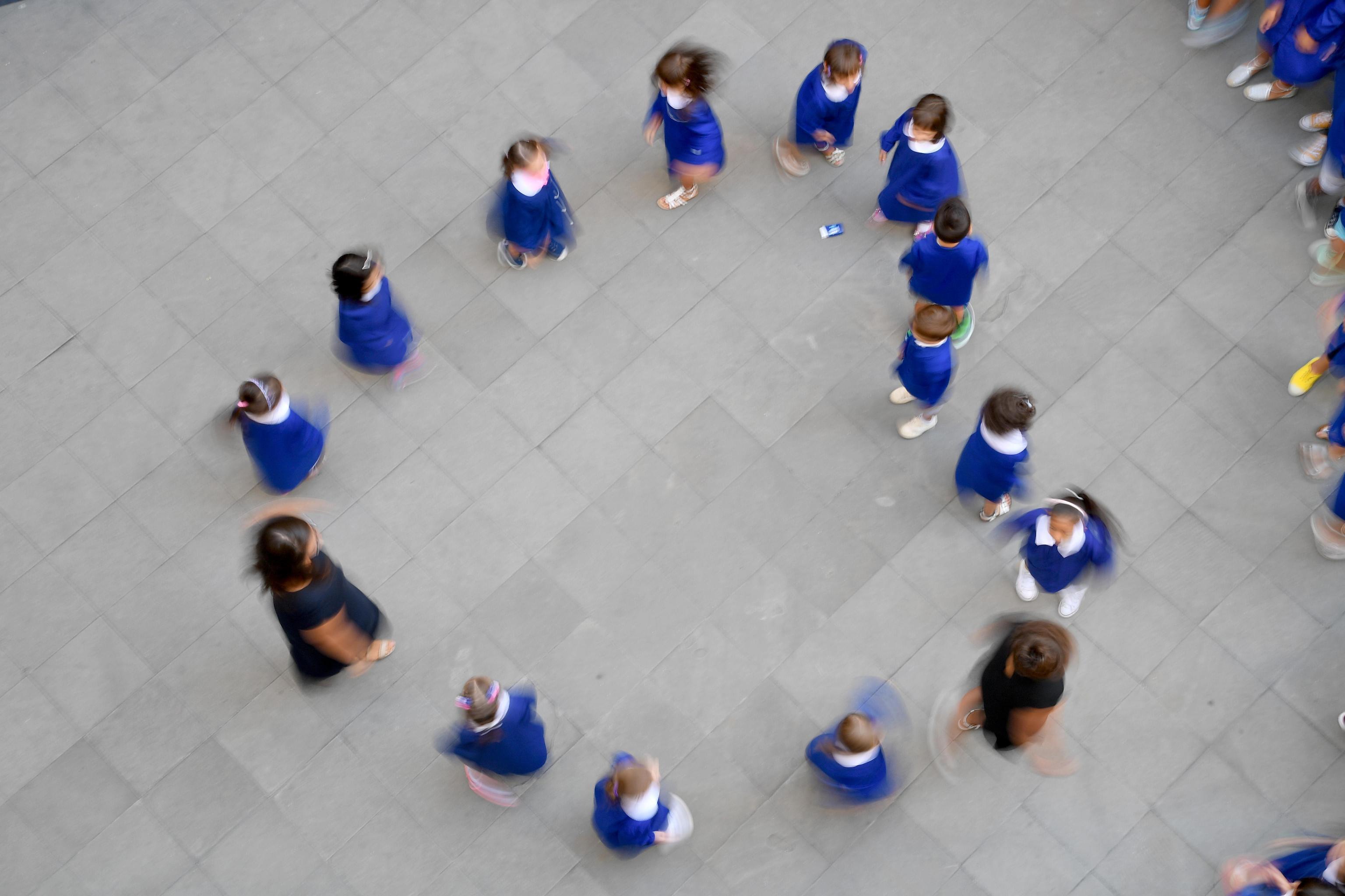 Primo giorno di scuola per i ragazzi genovesi