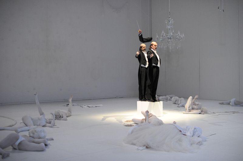 Giovani critici parsifal v d s che teatro fa blog for Castellucci arredamenti roma