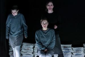 TI PORTO CON ME - Giulia Galiani, Lucia Lavia e Giovanna Guida - foto di Azzurra Primavera IMG_3999-01-02-18-05-03