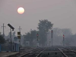 Stazione dei treni all'alba
