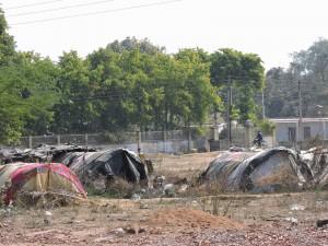 Baraccopoli ai margini di Khajuraho