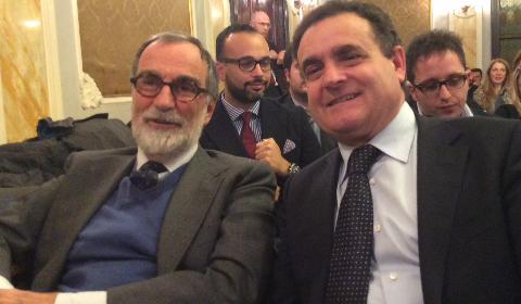 Franco Siddi (a destra) con il presidente della Fieg, Maurizio Costa