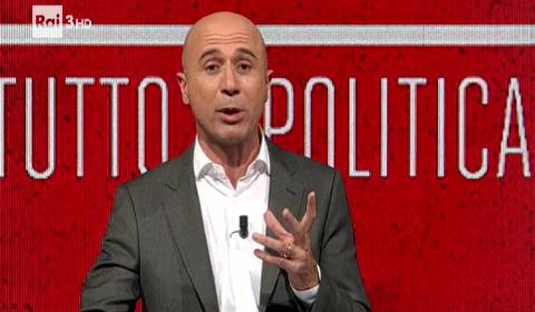 "Gianluca Semprini durante l'ultima puntata di ""Politics"""