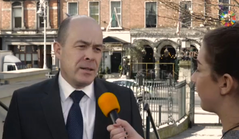 Il ministro Denis Noughten