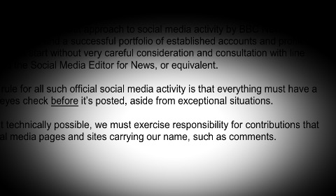 "La ""Social Media Guidance"" della Bbc. In alto, i tweet offensivi"