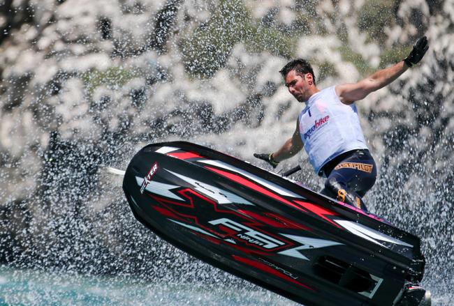 http---www.aquabike.net-img-photos-31-2-abcastro_0611