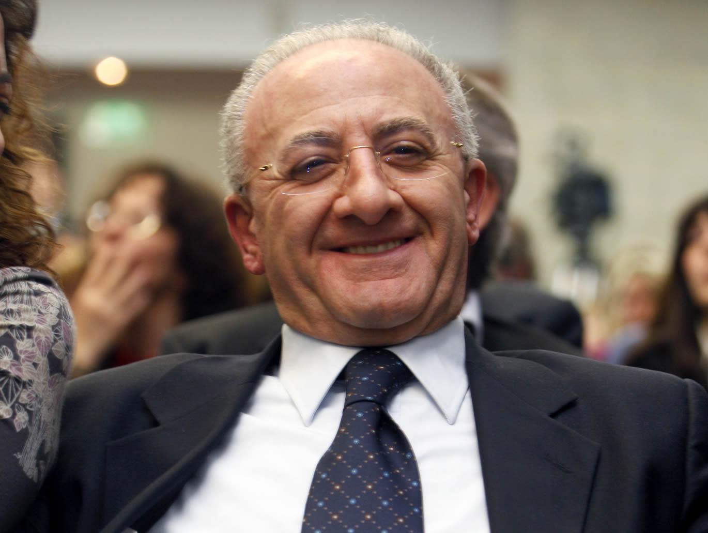 Il caso de luca umilia la politica ritagli blog - La casa de luca ...