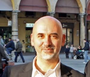 Lo scrittore e sceneggiatore bolognese è all'opera con Carlo Lucarelli per una nuova fiction ambientata a Bologna