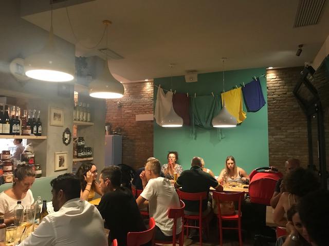 La Credenza Pizzeria : Roma pane e tempesta fa il bis apre alla pisana anche con la pizza