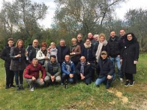 Foto di gruppo associati APPE in visita in Toscana