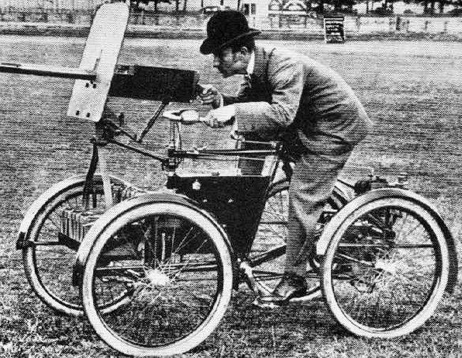 strange-tank-Armoured-Quadricycle-1899