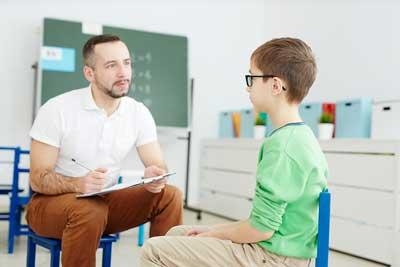 Confident-school-psychologist-rs