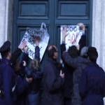 Protesta dei Radicali davanti a Montecitorio