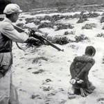 Un'immagine dei tempi dell'invasione cinese in Tibet