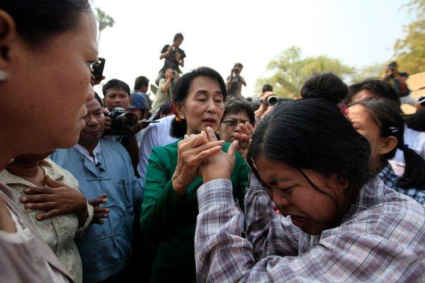 Un momento della protesta a Monywa