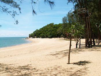 Spiagge belle e deserte nella provincia di Narathiwat
