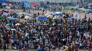 Lo stadio di Zamboanga che ospita centinaia di sfollati
