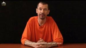L'inglese Cantlie durante un precedente video di propaganda