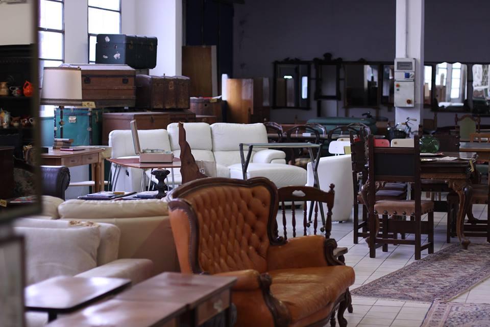 Mercato mobili palermo alluinizio doveva essere confinato for Mercato mobili usati