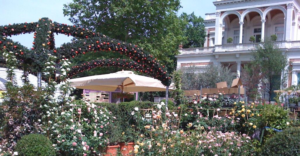 Giardini E Terrazzi Fiori E Creatività Ai Giardini