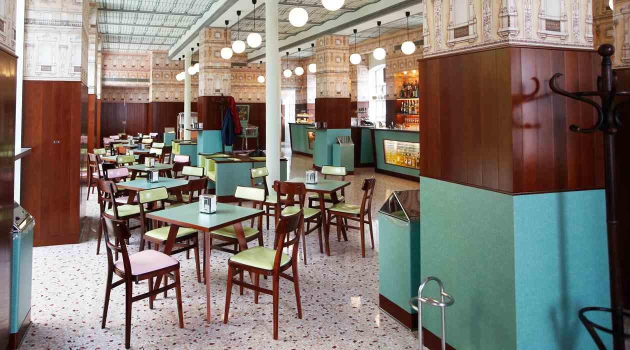 Ancora sul design e l 39 arredamento vintage design for Negozi mobili milano