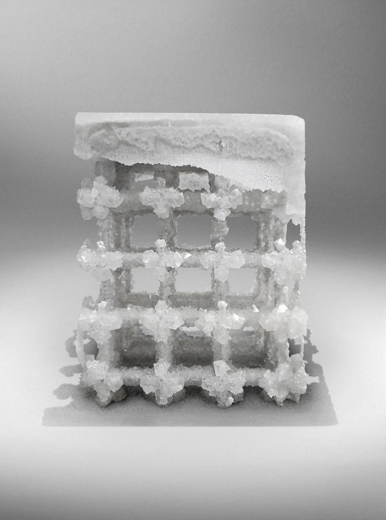 Nucleo_Extroflexed-Crystal-stool_1400px