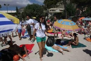 mondello pulizia spiaggia
