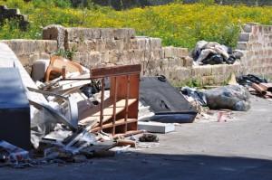 rifiuti in via calcante