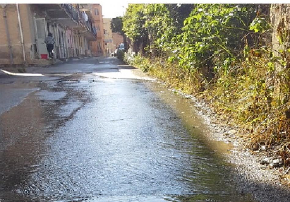 strada allagata pomara