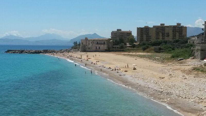 vergine maria spiaggia