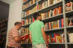 INAUGRAZIONE BOOQ BIBLIOTECA OCCUPATA DI QUARTIERE IN VICOLO DELLA NEVE