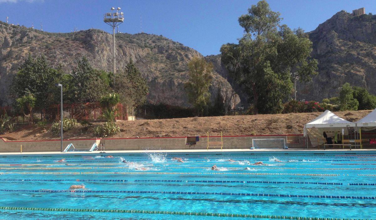 piscina-com-est