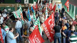 La protesta dei lavoratori di Sea Handling