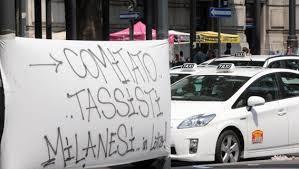 Lo sciopero dei taxisti milanesi contro Uber