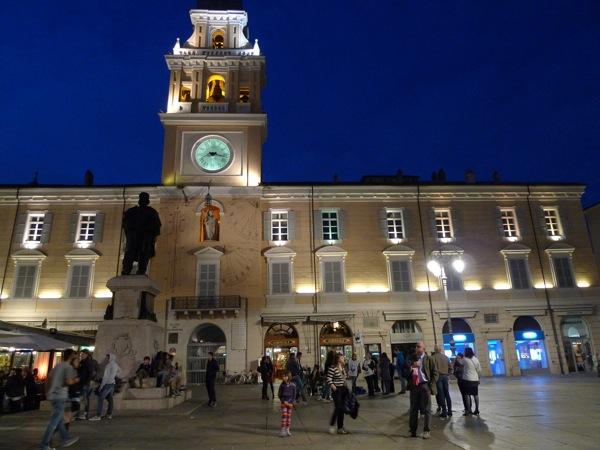 20120331_212834_Palazzo-del-Governatore-Parma
