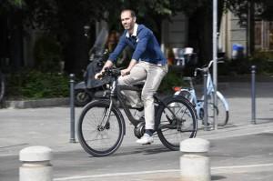 wi-bike_piaggio_11