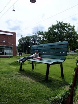 Una panchina fuori misura - Foto di Patrizia Pozzi