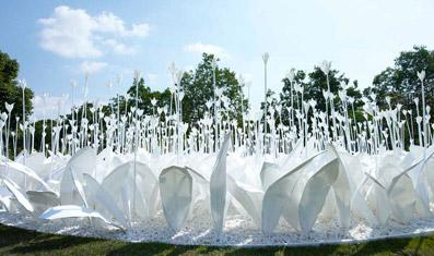 "Anouk Vogel ""Paper Garden"" - dal sito ""www.europaconcorsi.com"""