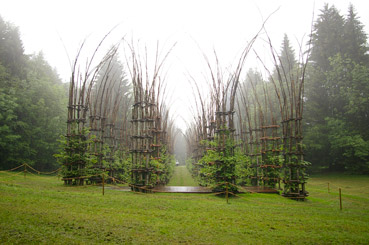 "Cattedrale vegetale - dal sito ""www.upload.wikimedia.org"""