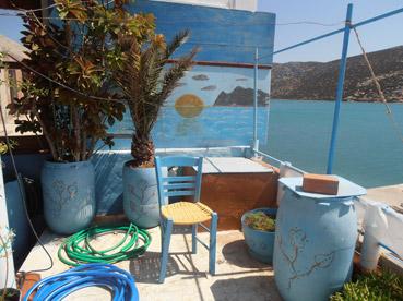 Riciclo creativo ad Astipalia, Grecia - Foto di Patrizia Pozzi